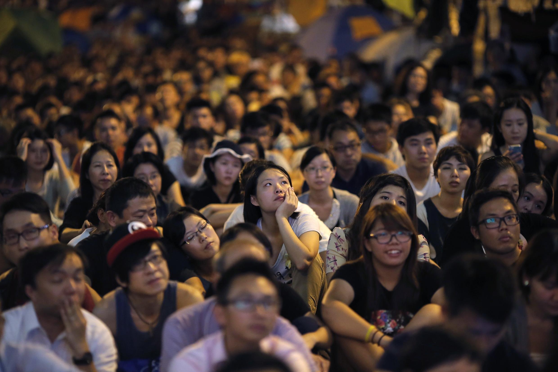 香港時事評論員潘小濤:香港佔中學生成熟克制素質高