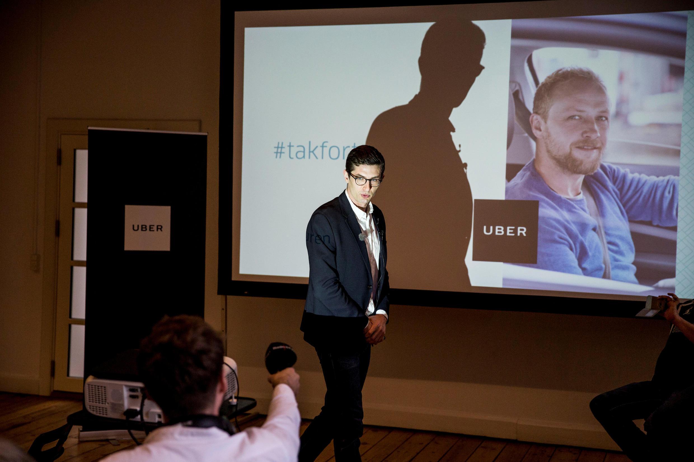 Kristian Agerbo, porta-voz do Uber na Dinamarca, anuncia fim da plataforma no país. 28/03/17