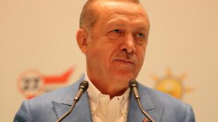 Le président turc Recep Tayyip Erdogan, ici le 7 octobre à Ankara, préfère attendre les résultats de l'enquête judiciaire concernant la disparition du journaliste saoudien Jamal Khashoggi.