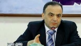 Waziri wa umeme wa Syria Imad Khamis,akizunngumzia matengenezo ya miundo mbinu ya umeme