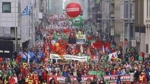 Thousands take to the streets of Brussels, 29 September
