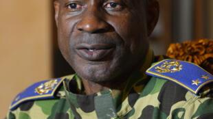 Le général Diendéré, leader des putschistes au Burkina Faso, fait désormais l'objet de sanctions prononcées par l'Union africaine : gel des avoirs à l'étrangers et interdiction de voyager.