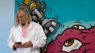 Le professeur Didier Raoult, spécialiste des maladies infectieuses, à Marseille, le 26 février 2020.