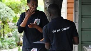 Cabo Verde lança primeiro Dicionário de Língua Gestual