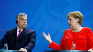 Thủ tướng Đức Angela Merkel và thủ tướng Hungary Viktor Orban  trong cuộc họp báo ngày 05/07/2018, tại Berlin.