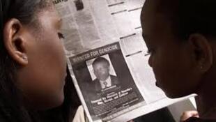 Un avis de recherche de Félicien Kabuga publié dans un journal nigérian de 2002.