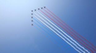 Le défilé du 14-Juillet sera ouvert par la patrouille de France.