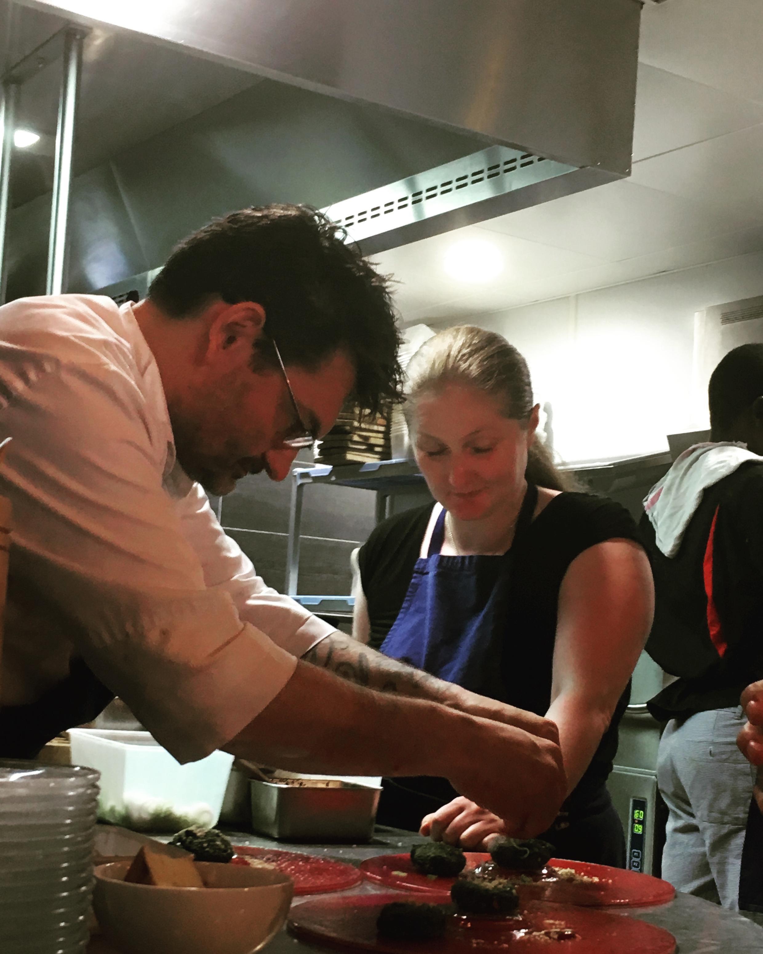 Стефан Жего и Магда Гегенава, ресторан L'Ami Jean. Refugee Food festival, Париж, 2018.