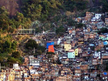 Favela Santa Marta é uma das maiores do Rio de Janeiro.