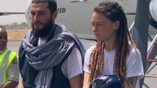 Arrivée à Bamako, au Mali, ce samedi 14 mars 2020, de la ressortissante canadienne Édith Blais et de son ami italien Luca Tacchetto, enlevés par de présumés jihadistes, en décembre 2018, au Burkina Faso.