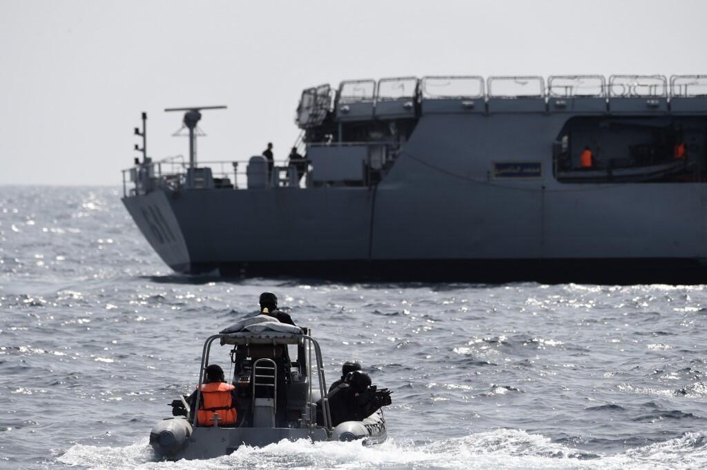 Des forces spéciales de l'armée nigérianne s'entraîne à intercepter des pirates lors d'un exercice le 30 mars 2019.
