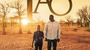L'affiche du film «Yao» avec Omar Sy et Lionel Basse, réalisé par Philippe Godeau.
