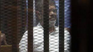 L'ancien président égyptien, Mohamed Morsi, est décédé lors d'une audience au tribunal. L'ONU souhaite de son côté avoir une enquête indépendante.