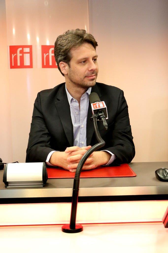 El ministro de Cultura de Ecuador, Guillaume Long, en París América, 16 de febrero de 2016.