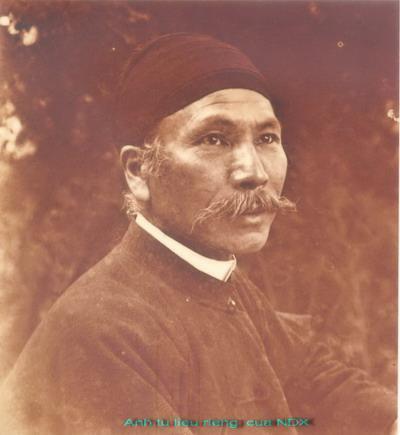Chân dung vua Hàm Nghi những năm tháng cuối cuộc đời lưu đày.