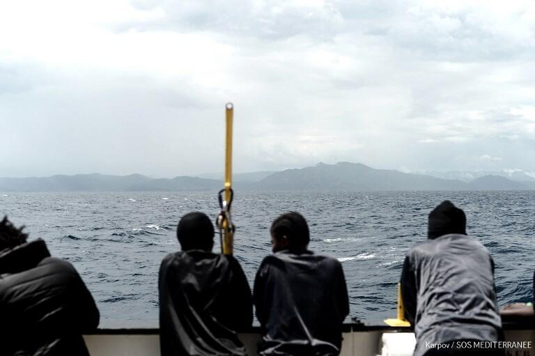 Les rescapés de l'Aquarius, le 14 juin 2018 en mer