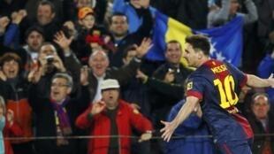 Lionel Messi comemora gol contra o Real Betis em partida válida pelo campeonato espanhol.