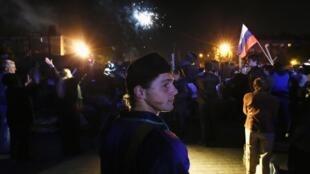 Празднование в Донецке после объявления результатов референдума 12/05/2014