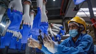 Coronavirus: la Malaisie prépare le dépistage massif des travailleurs migrants