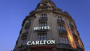 Fachada del Hotel Carlton de Lille (norte de Francia).