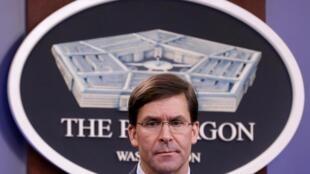 O secretário de Defesa dos EUA, Mark Esper, no Pentágono, em dezembro de 2019.