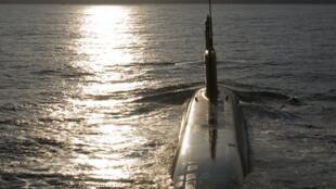 Submarino Le Terrible é equipado com míssil M51.