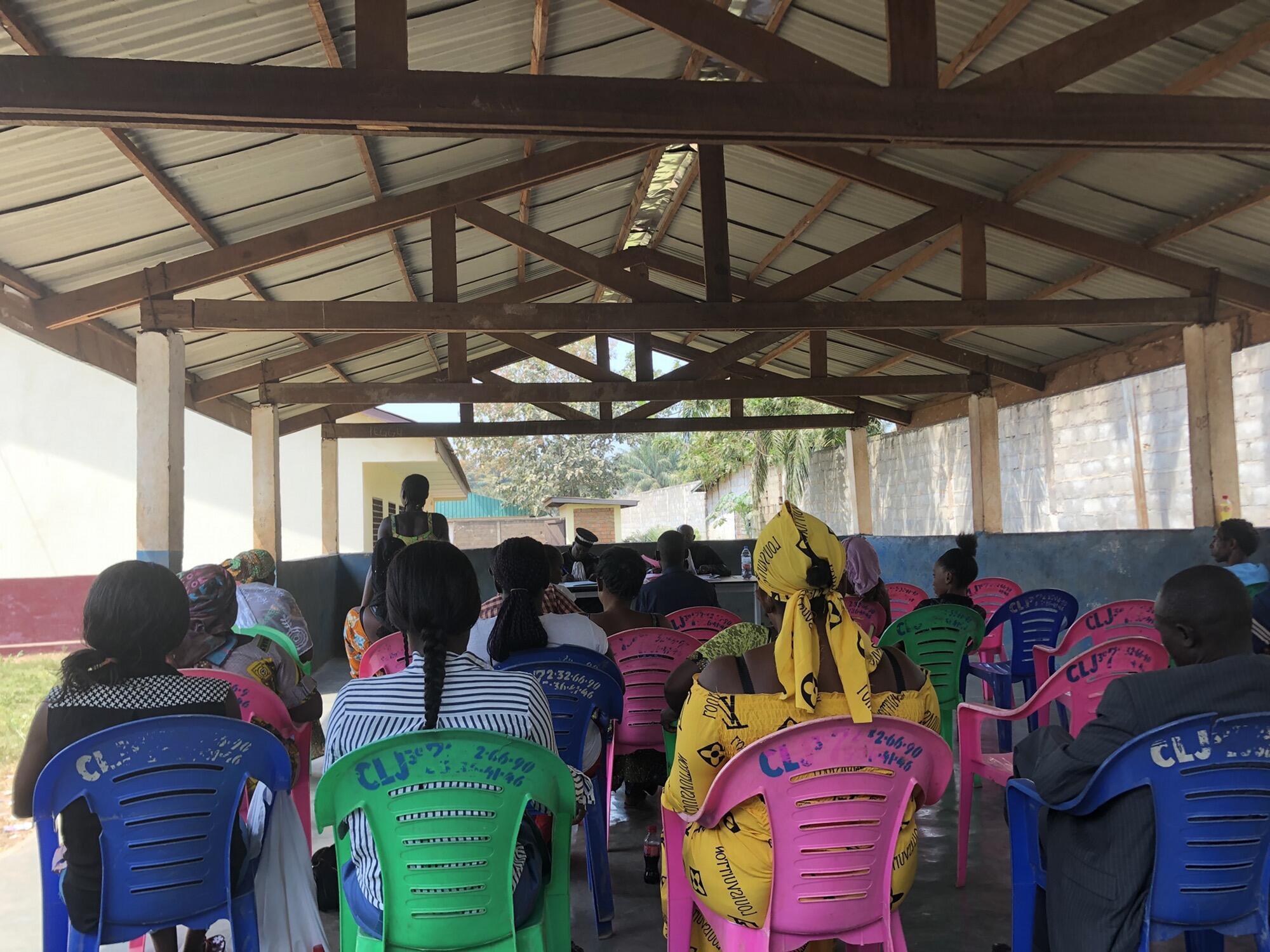 Centrafrique - les audiences foraines pour redonner un nom aux enfants