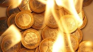 Crise grega trouxe à tona as fraquezas do euro, a moeda única europeia.