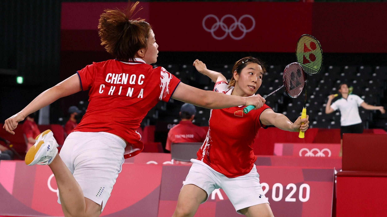 2020 年7月27日,東京奧運會羽毛球女雙小組賽, 中國選手陳清晨和賈一凡對陣韓國選手金昭映和孔熙容。