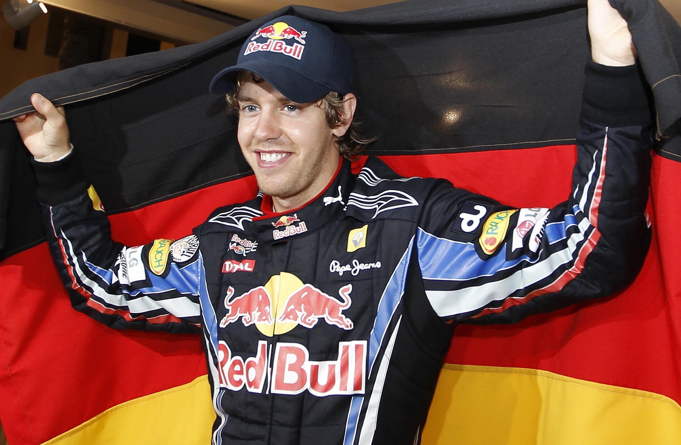 O alemão Sebastien Vettel, da escuderia Red Bull vencedor do GP de Abu Dhabi.