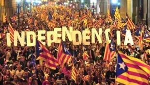 Passeata pela independência em Barcelona