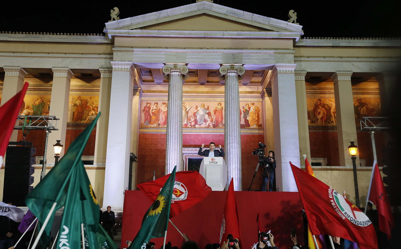 Alexis Tsipras, el líder del partido antiausteridad Syriza, tras su victoria en las elecciones legislativas, el 25 de enero de 2015.