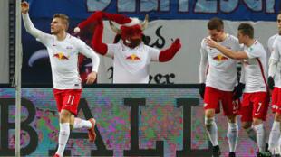 Les joueurs du RB Leipzig fêtent la victoire face au Hertha Berlin, 2-0, le 17 décembre 2016.
