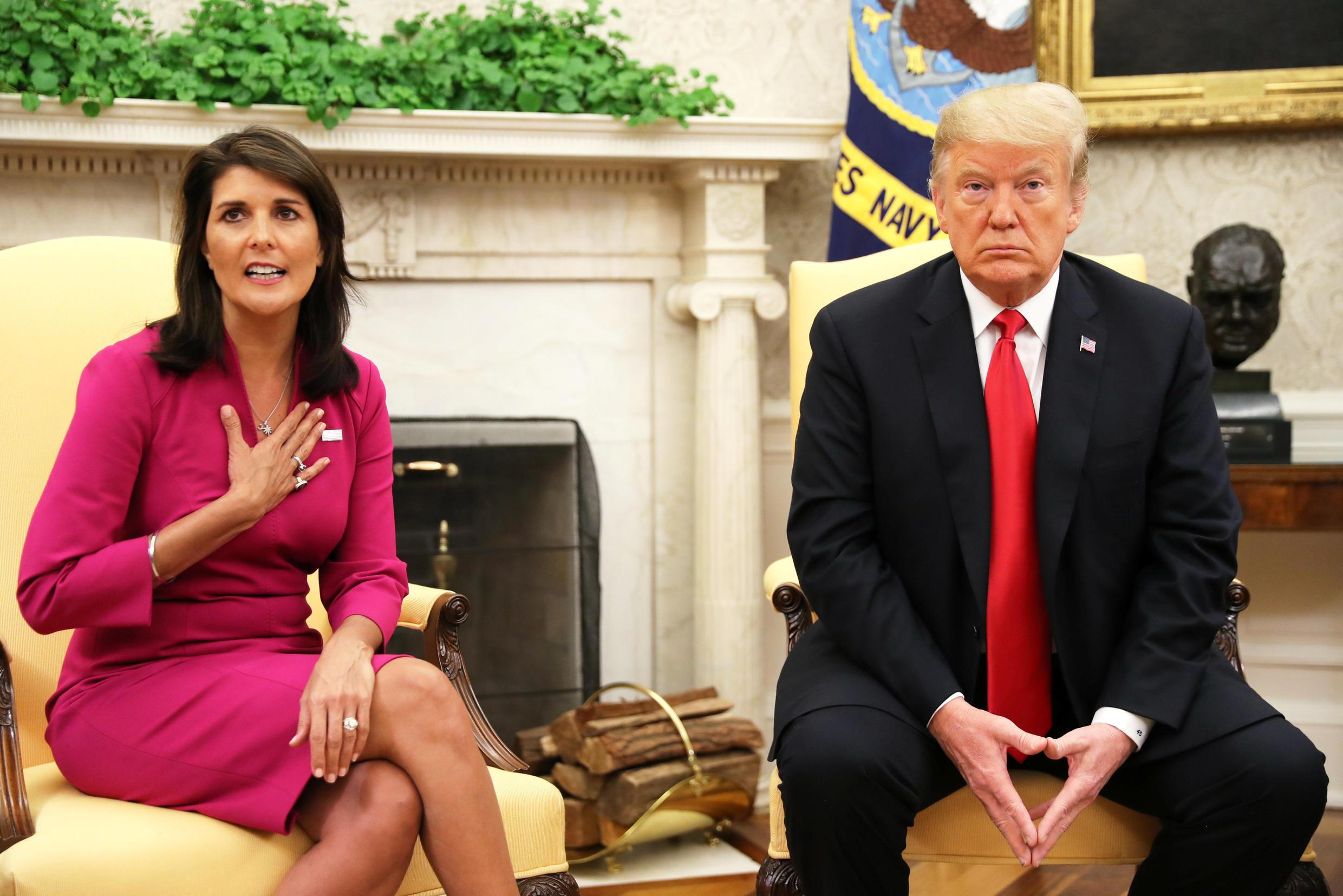 Nikki Haley a wata ganawarta da tsohon shugaban Amurka Donald Trump.
