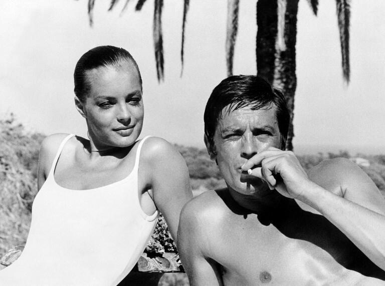 """Alain Delon e Romy Schneider durante as filmagens de """"La Piscine"""", em 1968."""