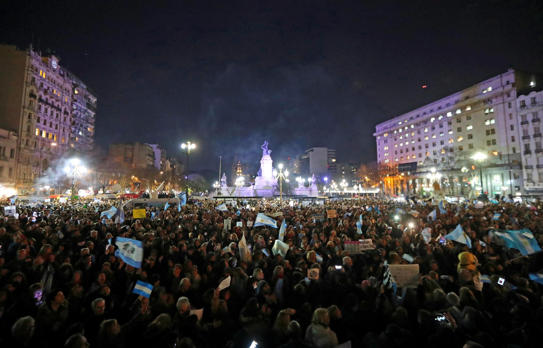 Manifestação contra a corrupção e a senadora Cristina Kirchner, a 21 de Agosto de 2018 em Buenos Aires.