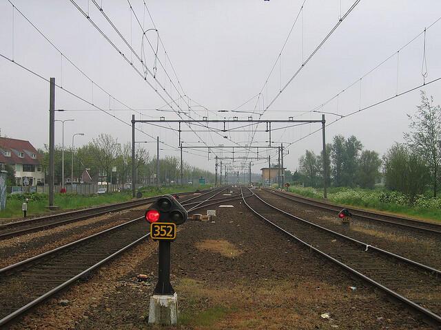 Rail Baltica: un projet de ligne de chemin de fer reliant les trois pays baltes.