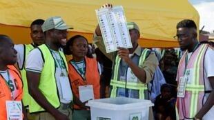 Osogbo, dans l'Etat d'Osun, le 22 septembre 2018. Un premier vote qui avait donné vainqueur le candidat de l'opposition. Mais la commission électorale a décidé d'organiser un deuxième scrutin, samedi 29 septembre, remporté par le candidat du pouvoir.