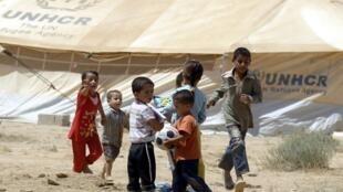 Niños sirios refugiados en Jordania, en el campo de Zaatari.