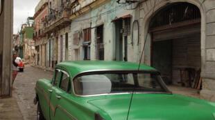 Le problème du logement est crucial dans les grandes villes et surtout à La Havane où des maisons s'écroulent.