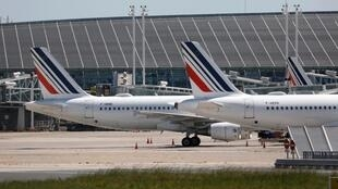 Des avions de la compagnie Air France à l'aéroport de Paris-Charles-de-Gaulle, le 19 mai 2020. (Image d'illustration)