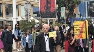 Cannes Smoking