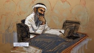 Khaled Cheikh Mohammed lors de cette première audience du procès des Cinq de Guantanamo, le 5 mai 2012.