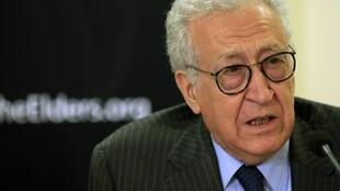Lakhdar Brahimi replaces Kofi Annan as UN peace envoy to Syria