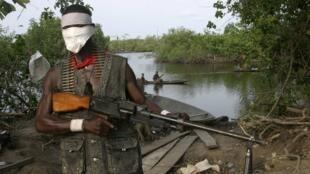 Daya daga cikin tsagerun yankin Niger Delta a kudancin Najeriya