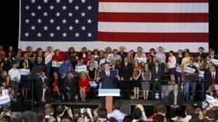 Ông Mitt Romney phát biểu tại cuộc vận động tranh cử ở Illinois, Hoa Kỳ, 20/03/2012