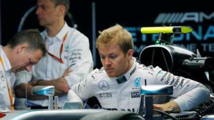 Mercedes driver Nico Rosberg claimed his second successive Russian Grand Prix pole in Sochi on Saturday.