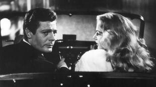 """""""A Doce Vida"""", de Federico Fellini, foi condenado pelo Vaticano, mas conquistou a Palma de Ouro em Cannnes"""