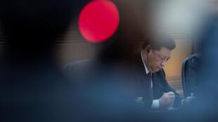中国国家主席习近平,北京,人民大会堂,12月10日。