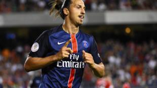 L'attaquant star du PSG Zlatan Ibrahimovic, le 29 juillet 2015 à Chicago, lors de la belle victoire parisienne face à Manchester United (2-0).